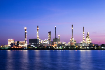 Landscape Oil refinery plant on night time