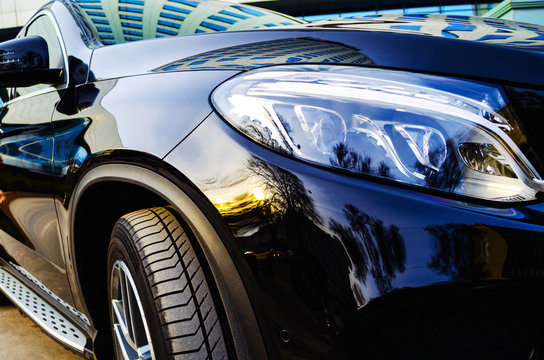 headlights of a black car