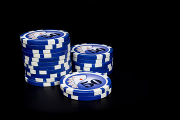 fiches poker on black background