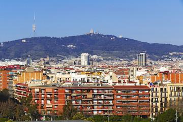 Barcelona ciudad sur zona de plaza España y  estacion de Sans