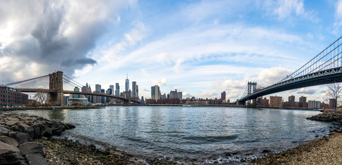 Fotomurales - Panoramic view of Manhattan and Brooklyn Bridge - New York, USA