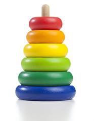 Buntes Holz Spielzeug für Kleinkinder in Regenbogen Farben