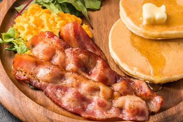 パンケーキとベーコン pancake and bacon
