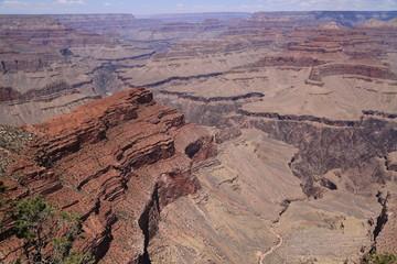 Grand Canyon an einem wunderschönen Sommertag