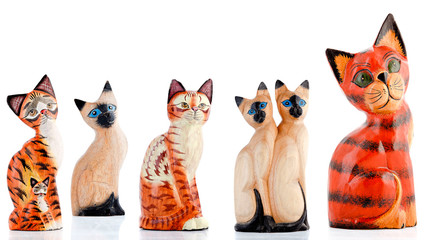 Wooden figurines, decorative figurines, cats,