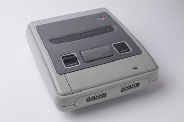 Retro Videospielkonsole