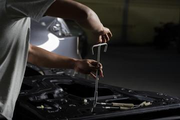 Auto body repair series: reassemble car door