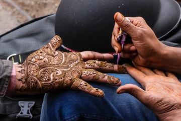 Henna hand painting, Johari Bazar, Jaipur, India
