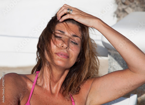 """""""Donna con capelli al vento"""" Stockfotos und lizenzfreie ..."""