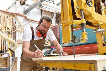 anteile einer gmbh kaufen gmbh ug kaufen Holzverarbeitung jw handelssysteme gesellschaft jetzt kaufen Kommanditgesellschaft