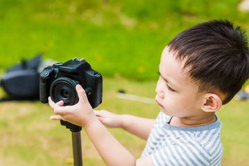 Thai baby photographer shooting in nature