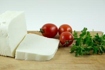 peynir, domates ve maydanoz