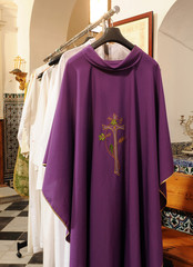 Vestuario sacerdotal, casullas