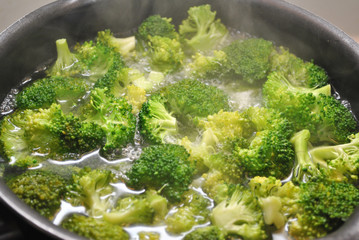 Boiling Broccoli in a Black Pan