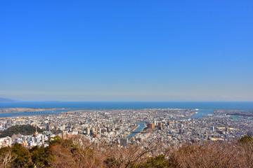 眉山から見た徳島市街(2017年2月)