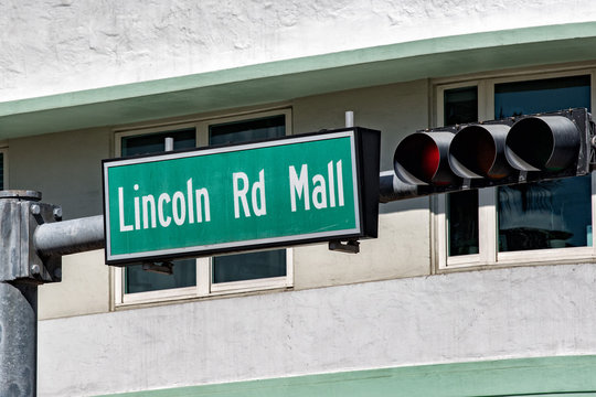 Miami Lincoln road on sunny day