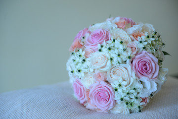 Roses wedding bouquet with copy space on the right hand side