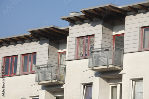 Moderne Wohnhäuser, Balkone