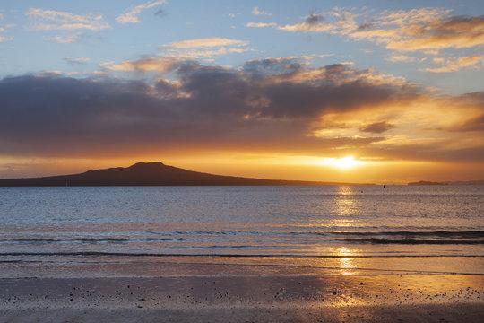 Mount Rangitoto at sunrise, Auckland, New Zealand.