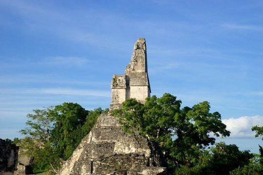 tikal ruins mayan guatemala