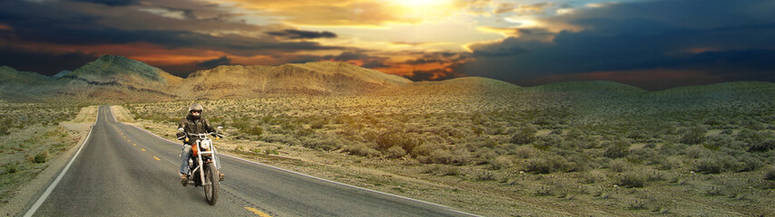 On the road - Panoramic