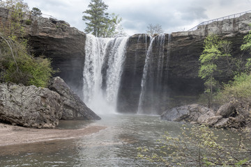 Noccalula Falls. Black Creek. Noccalula Falls Park & Campgrounds