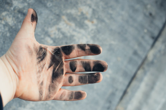 Dirty hands in the oil
