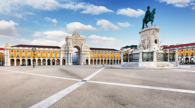 Lisbon - Rua Augusta  Arch is a triumphal on Commerce Square, Portugal