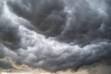 Photo sur Toile Tempete Horrifine clouds moving ahead of storm