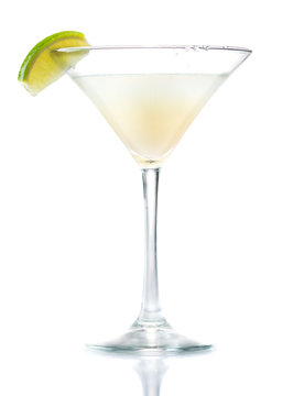 Daiquiri cocktail with lime slice