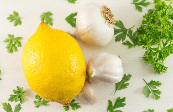 Lemon with garlic and parsley