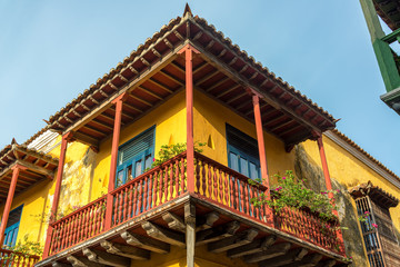 Fototapete - Beautiful Colonial Balcony in Cartagena
