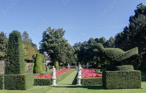 Manoir Et Jardin Italien En Angleterre Stockfotos Und
