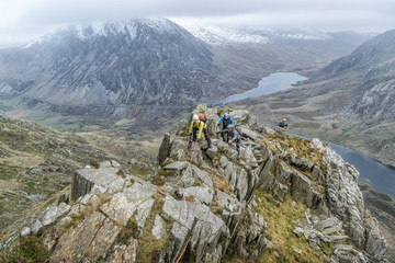 UK, North Wales, Snowdonia, Y Garn, Cwm Idwal, climbing mountaineers
