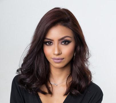 Beautiful face headshot of elegant woman