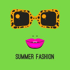 Logo fashion sunglasses