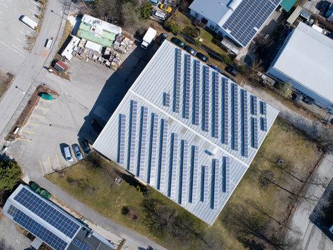 Firma mit Photovoltaik