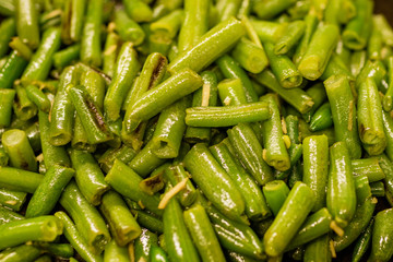 Fried green beans in oil