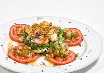 Ensalada de Pulpo con rodajas de tomate natral