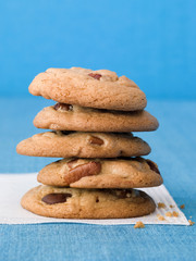 Chocolate chip cookies and walnuts