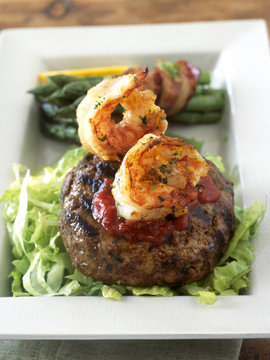 Beef burger and shrimps