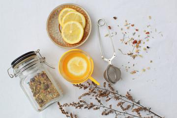 herbal tea lemon slices