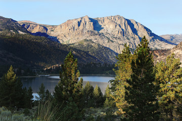 Wall Mural - Rugged Mountain and Lake in Sierra Nevada Mountains, California