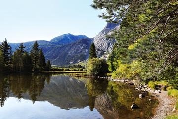 Wall Mural - Peaceful Mountain Lake Reflection in Sierra Nevada Mountains, California
