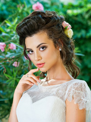 Portrait of the bride. Make-up, hairstyle