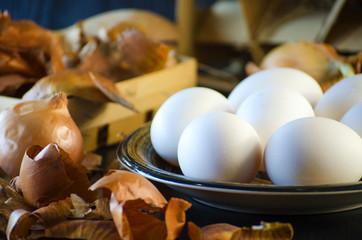 Onion husks and eggs