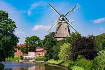 Aluminium Prints Mills Windmühle von Hinte