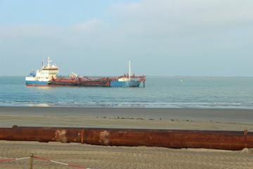 Schiff, Saugbaggerschiff, Sandvorspülung, Maßnahme des Küstenschutzes