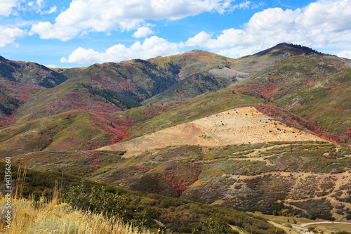 Wall mural Mountains near Provo Utah with Fall Colors