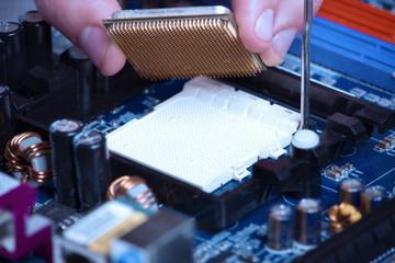 Processor installation in a socket